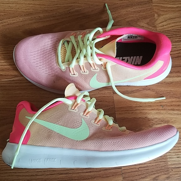 4a5741a64 Nike Shoes